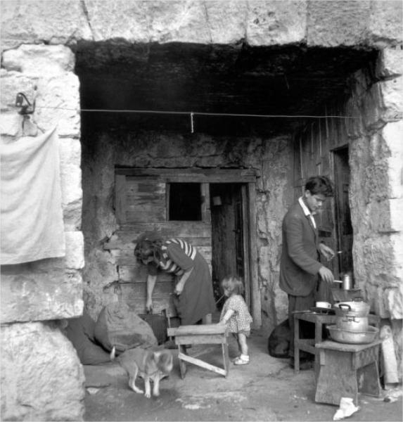 anfiteatro-romano-f-patellani-1950-3